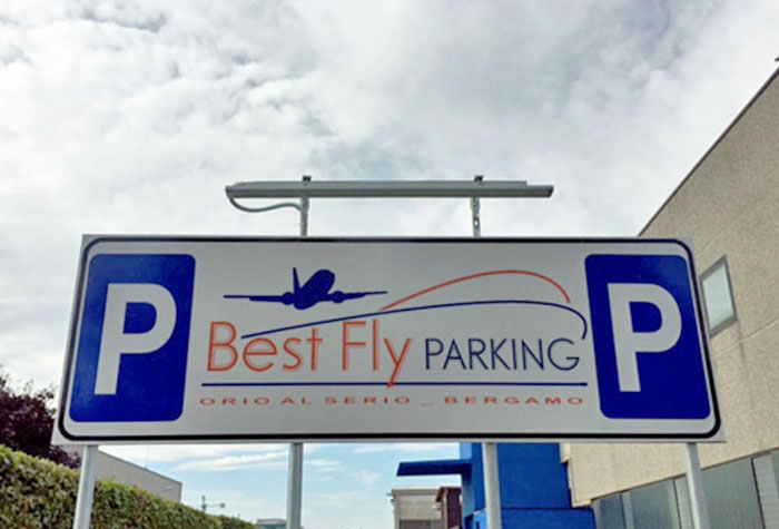 Best Fly Parking Parkplatz