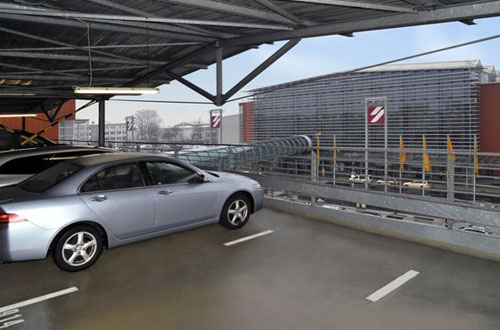 Flughafen Dresden Holiday Special Parkhaus