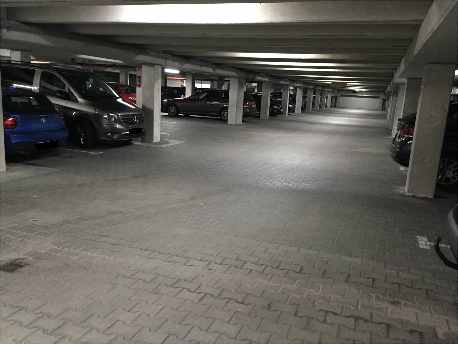 Easy Airport Parking Düsseldorf Premium