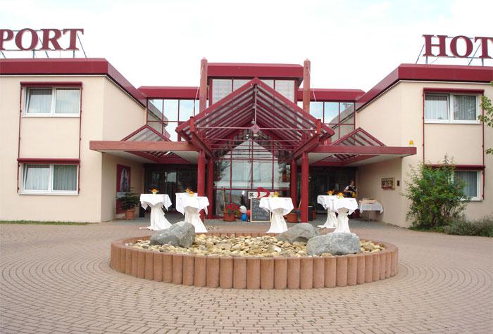 Airport Hotel Erfurt (+ Parkhaus)