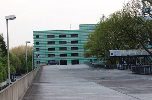 Park and Travel Modering Parkhaus Hamburg unüberdacht