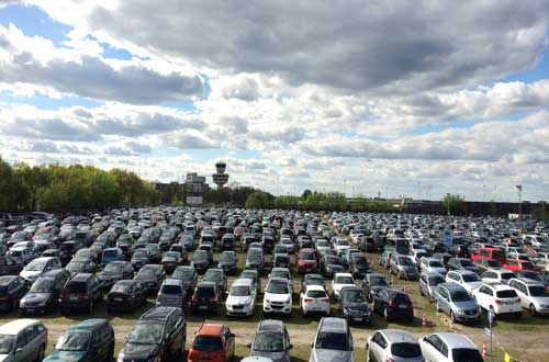 McParking P1 Parkplatz Tegel