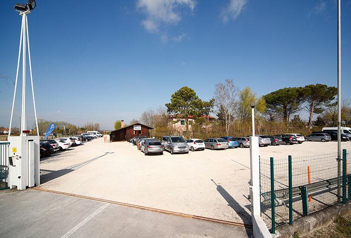Belt Park Venedig Hafen Parkplatz