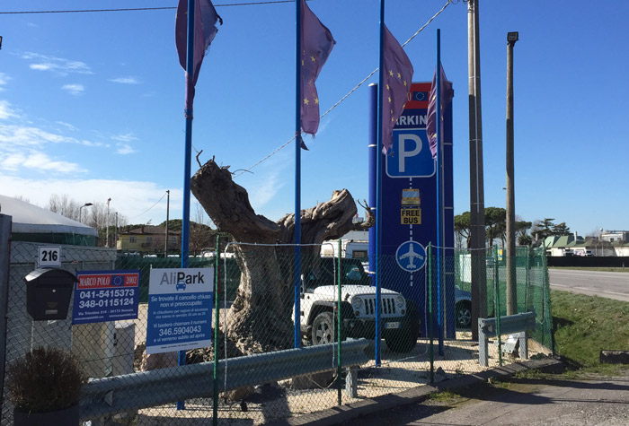 Parcheggio Marcopolo by Alipark Parkplatz Venedig Hafen