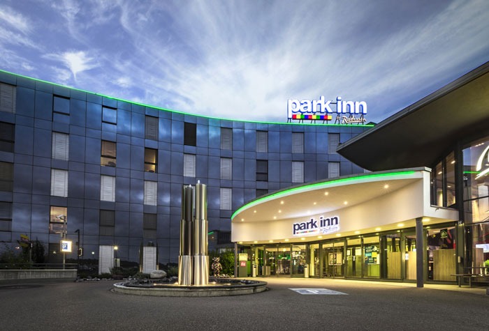 Park Inn by Radisson Zürich Airport Tiefgarage
